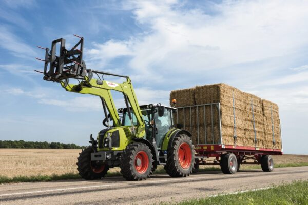 Claas Arion 400 Traktor - Claas Händler Müller Siblingen Schaffhausen