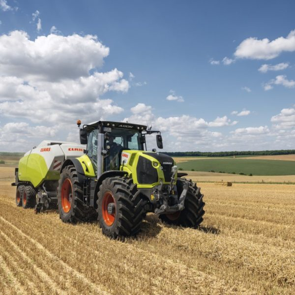 CLAAS_AXION_800_Quadrant (2)